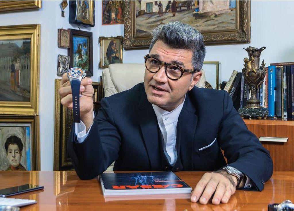 """Eduard Uzunov:  """"Pentru a avea într-adevăr o personalitate completă, nu poți să ai un ceas de 100.000 de euro la mână și să nu fi citit niciodată o carte."""""""